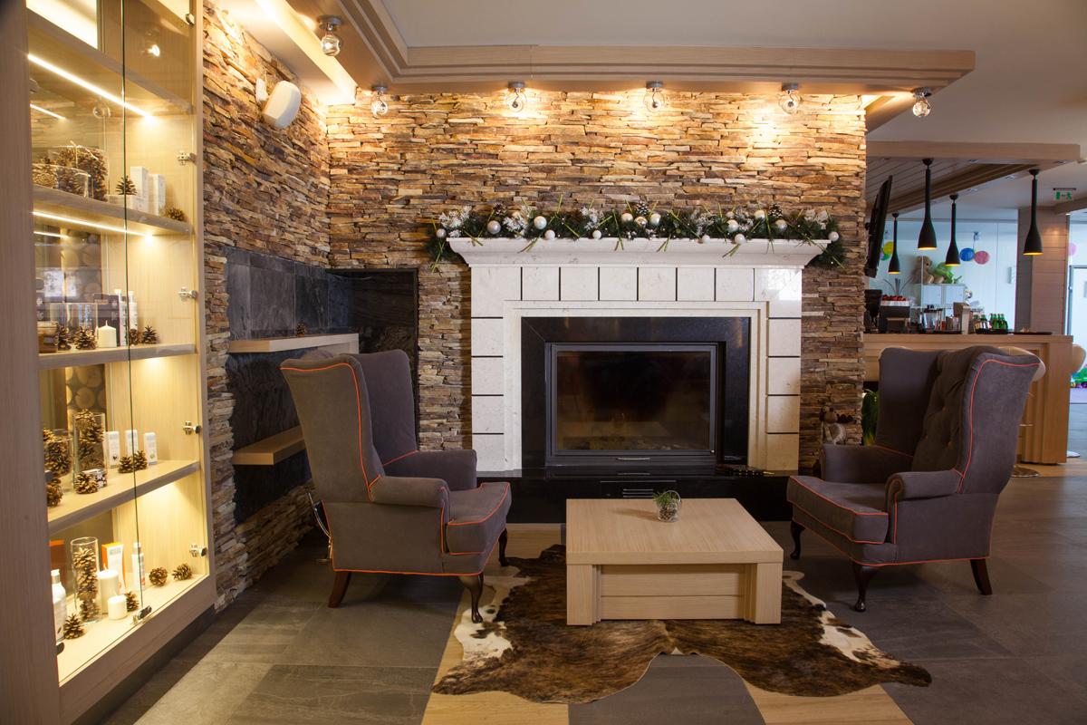 Рецепция и Лоби бар, Аmira Apartments & SPA, гр. Банско 13