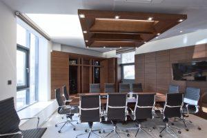 Интериор на Заседателна зала 13