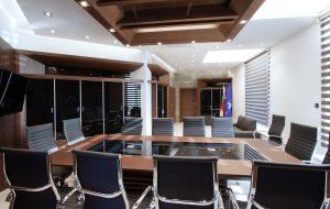Интериор на Заседателна зала 10