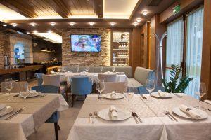Интериор Ресторант, Аmira Apartments & SPA, гр. Банско 19